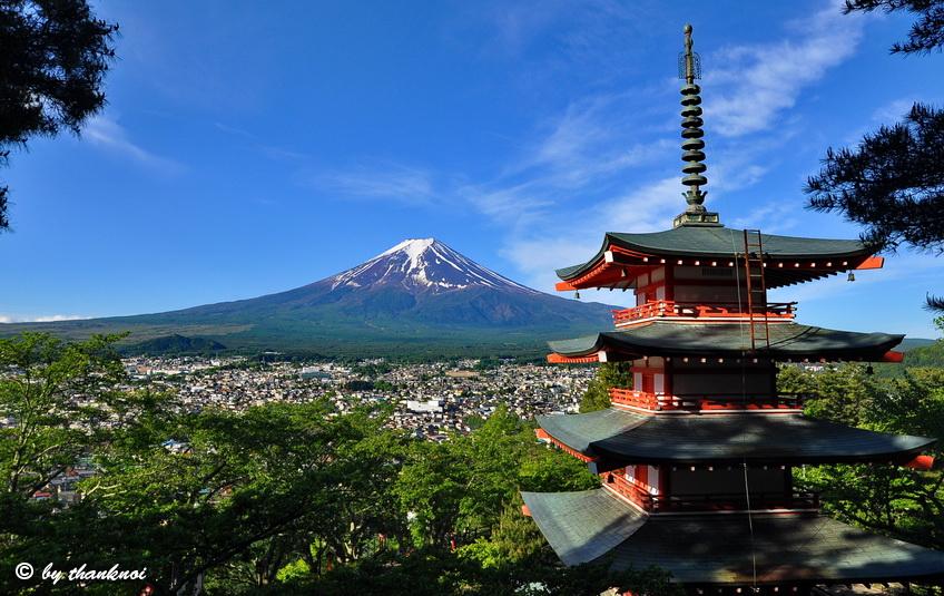 Chureito pagoda, fujiyoshida
