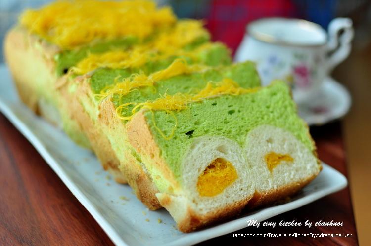 ขนมปังเค้กใบเตยฝอยทอง