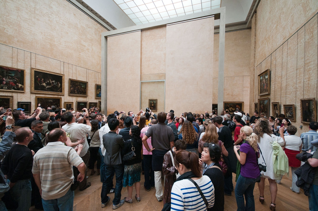 Mona_lisa_crowd