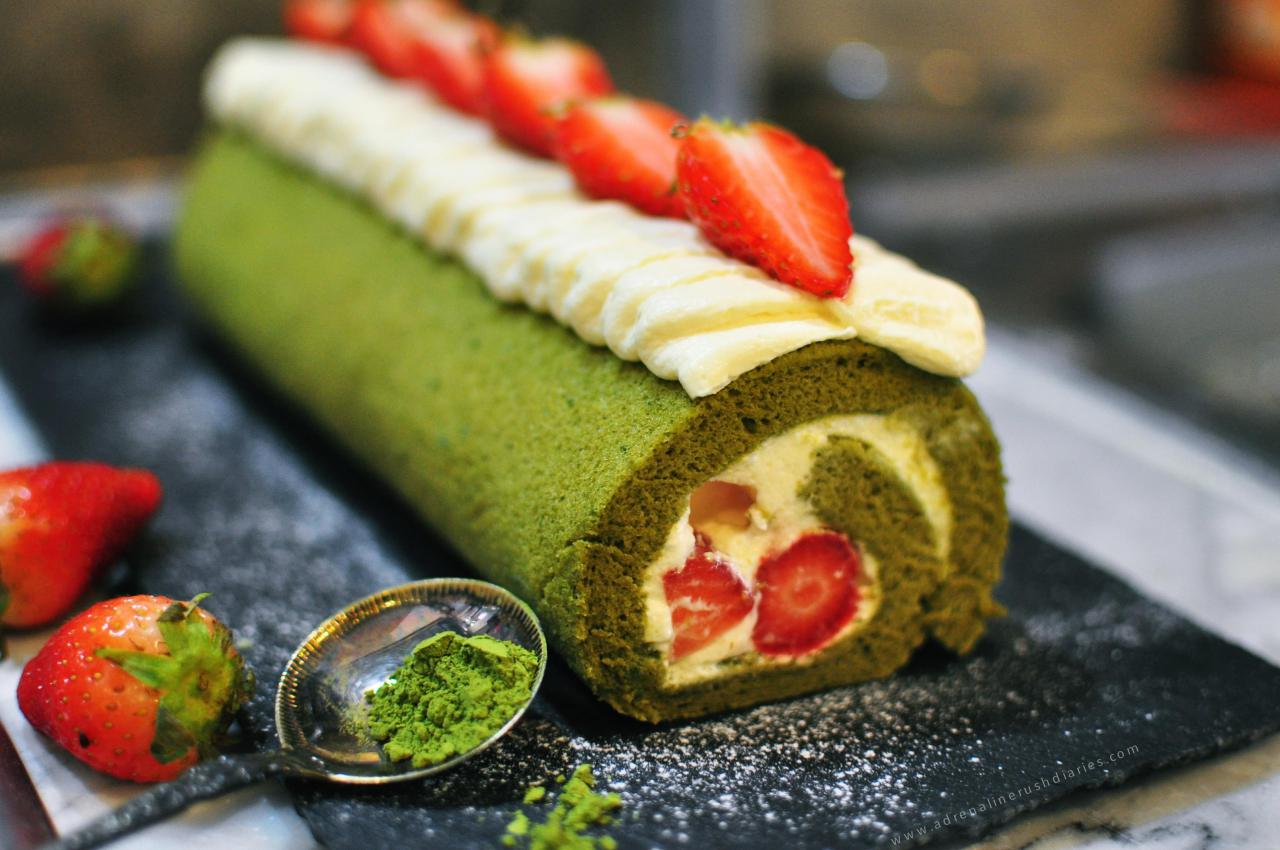 Green tea yuzu strawberry roll cake