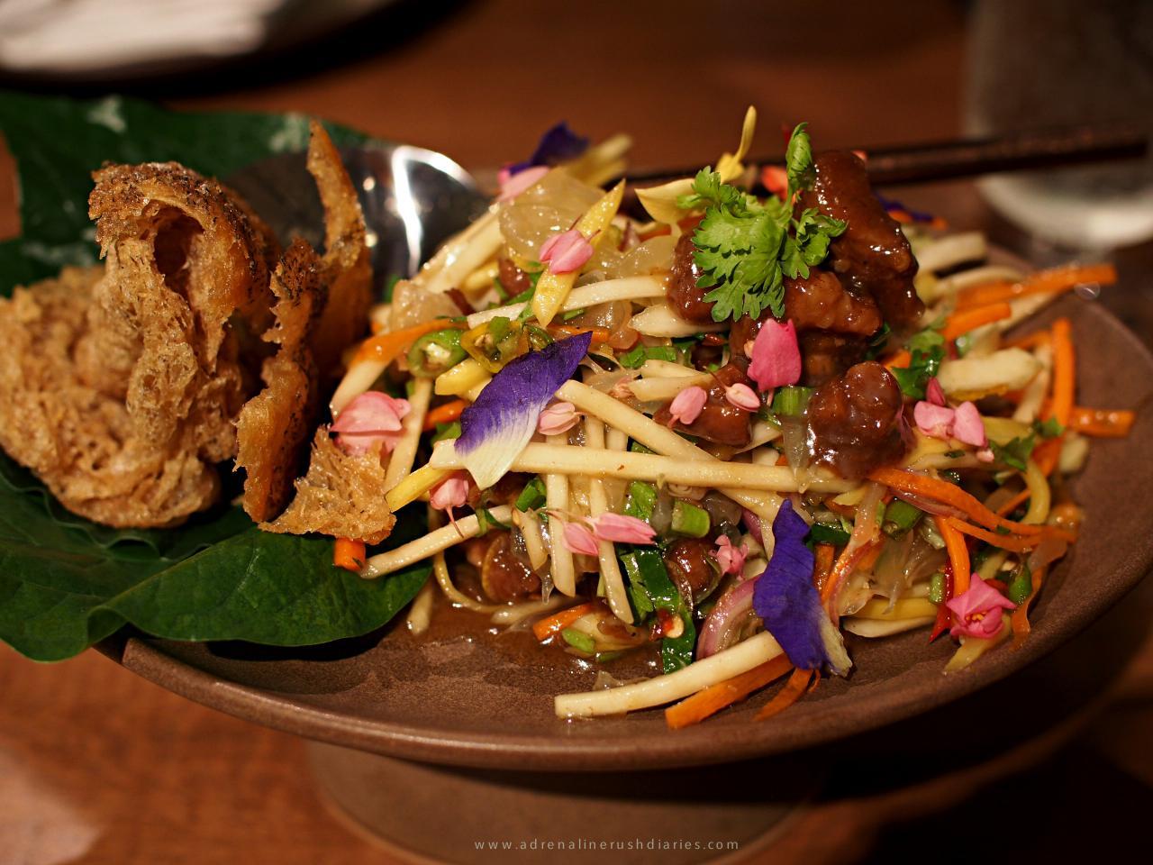 อาหารไทยสุดอร่อยที่ Siam Tea Room