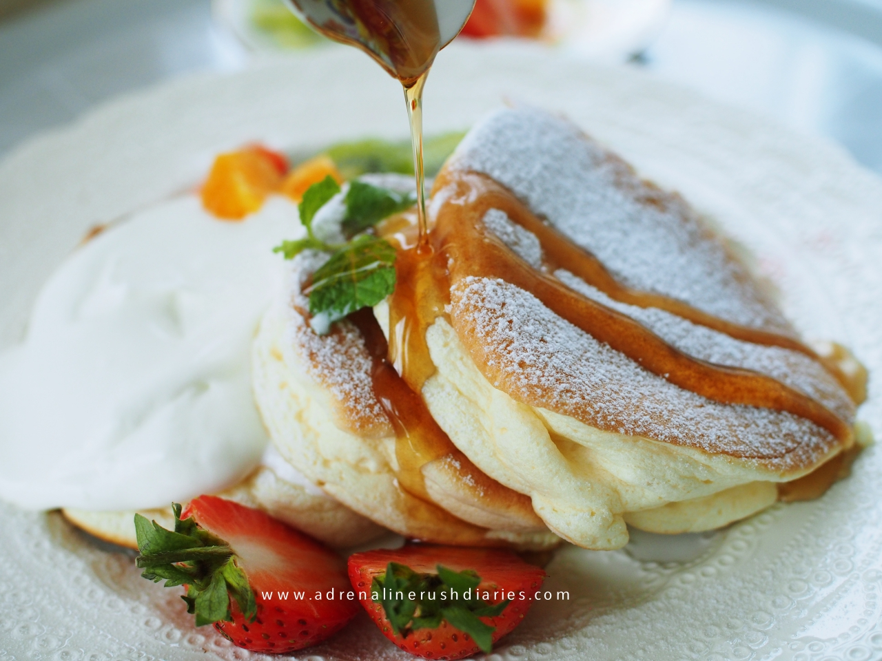 No baking powder fluffy souffle pancake