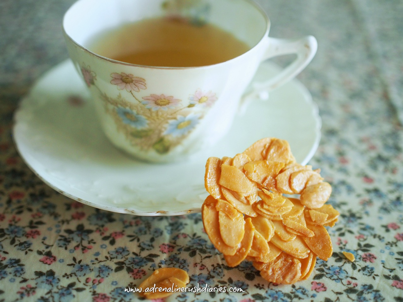 Diabetic Dessert Recipes No 1 : Almond Thin Cookies