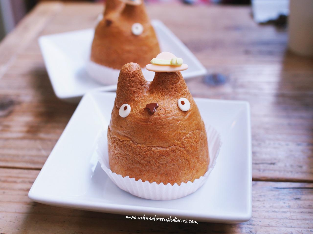 Totoro character choux cream
